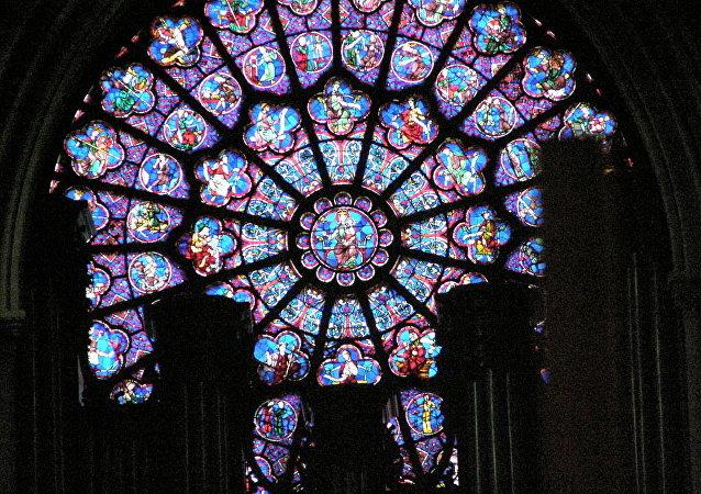 Rosace ouest de la cathédrale Notre-Dame de Paris