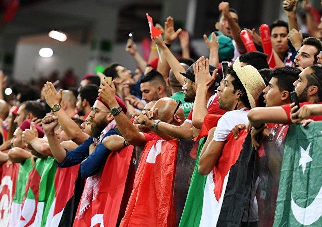 Fans tunisiens vs saoudiens