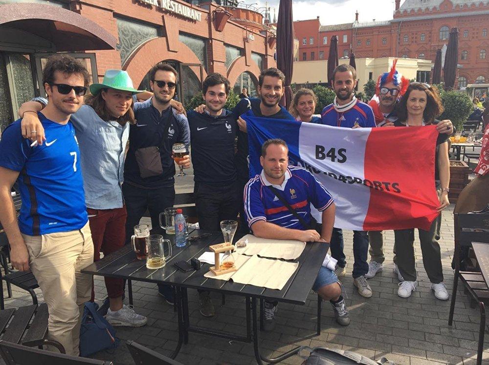 Olivier avec d'autres fans