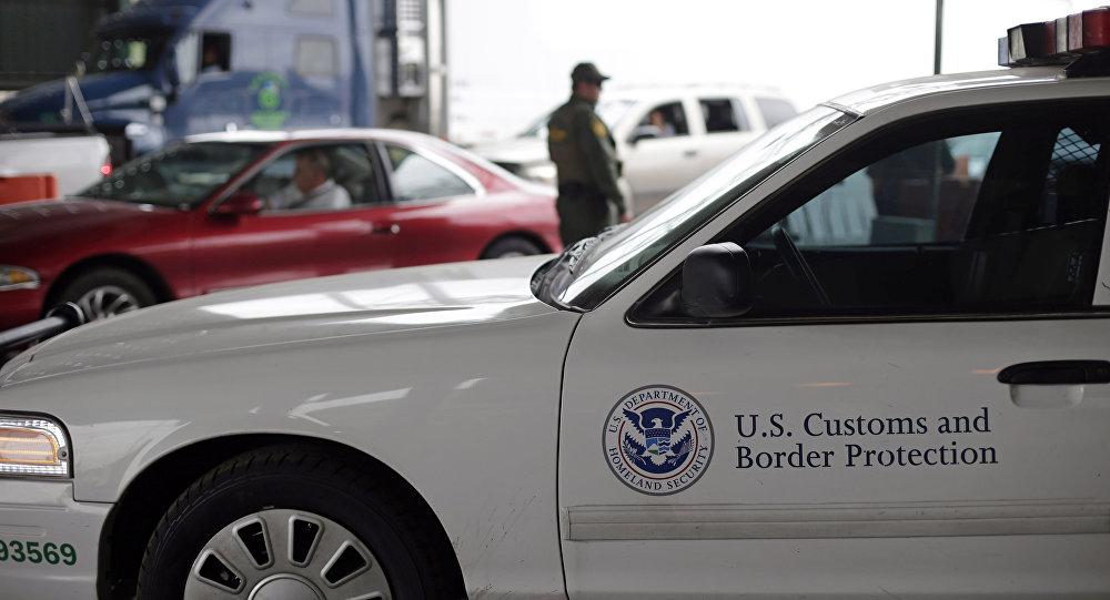 Des gardes-frontières des États-Unis