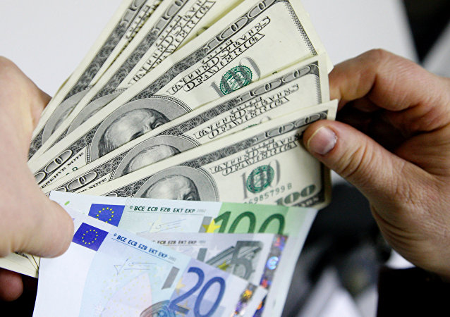 Dollar vs euro