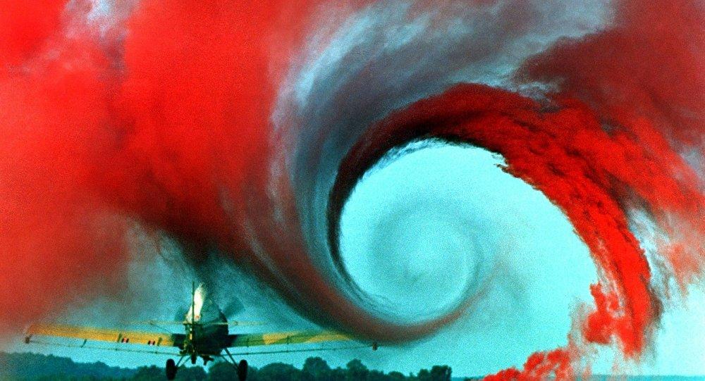 Un mystérieux cercle noir filmé dans le ciel sibérien (image d'illustration)
