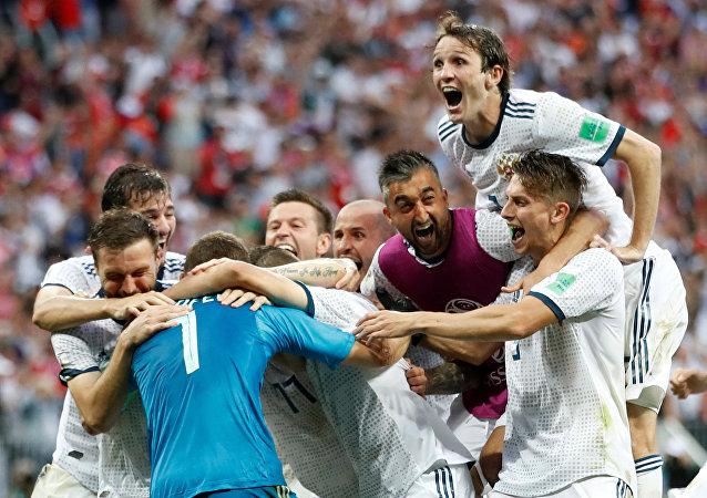 La Russie s'est imposée face à l'Espagne aux tirs au but en huitièmes se qualifiant ainsi pour les quarts pour la première fois de son histoire
