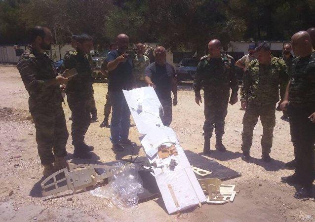 Drones «inconnus» abattus près de la base de Hmeimim