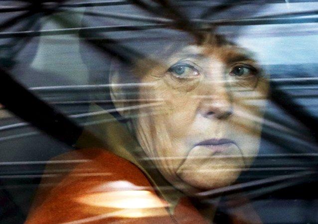 La chancelière allemande Angela Merkel arrive à un sommet UE-Turquie à Bruxelles, pour dicuter le problème des migrants, le 7 Mars 2016