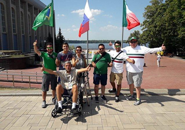 Carlos Osorio, de la ville mexicaine de Puebla, en fauteuil roulant prouve que l'impossible est possible