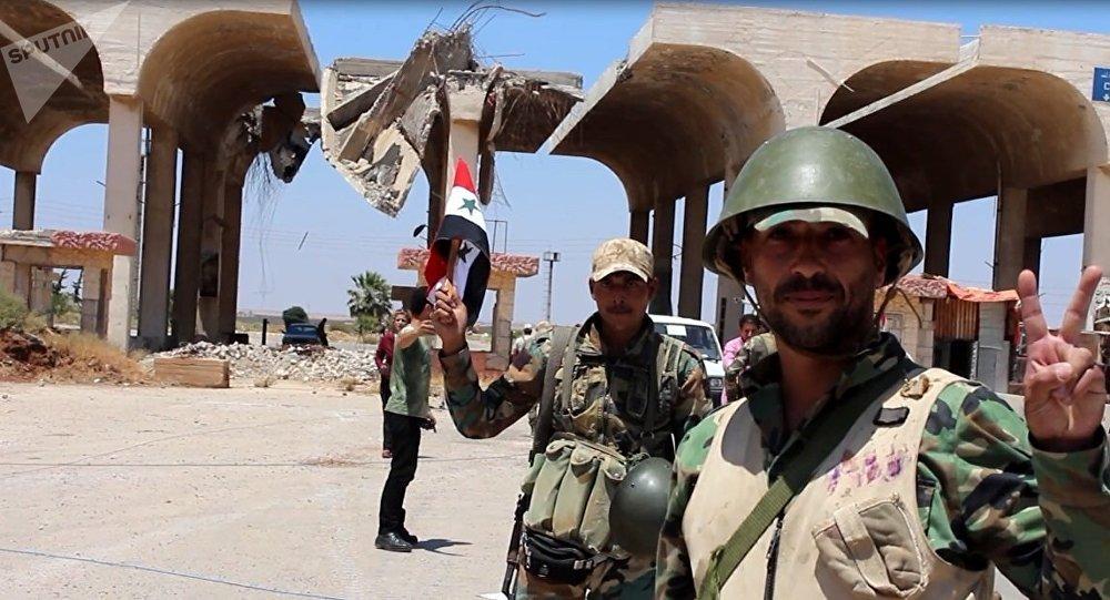 Peur permanente imposée par les radicaux à Deraa: un ex-prisonnier syrien raconte