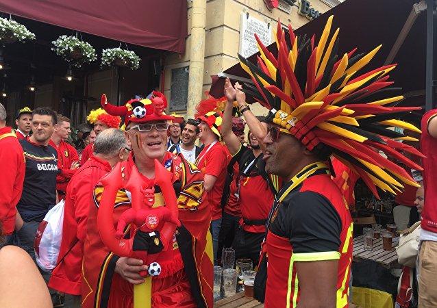 Supporters belges avant le match à Saint-Pétersbourg