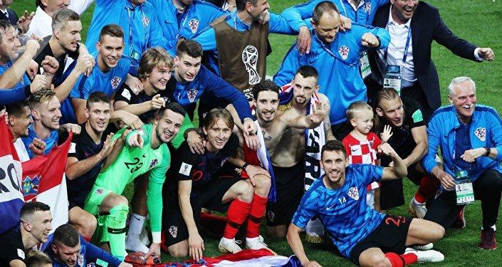 DIRECT. Suivez le match France