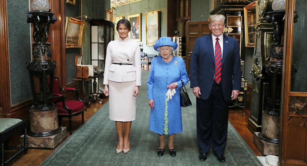 La reine Elisabeth en compagnie de Donald et Melania Trump
