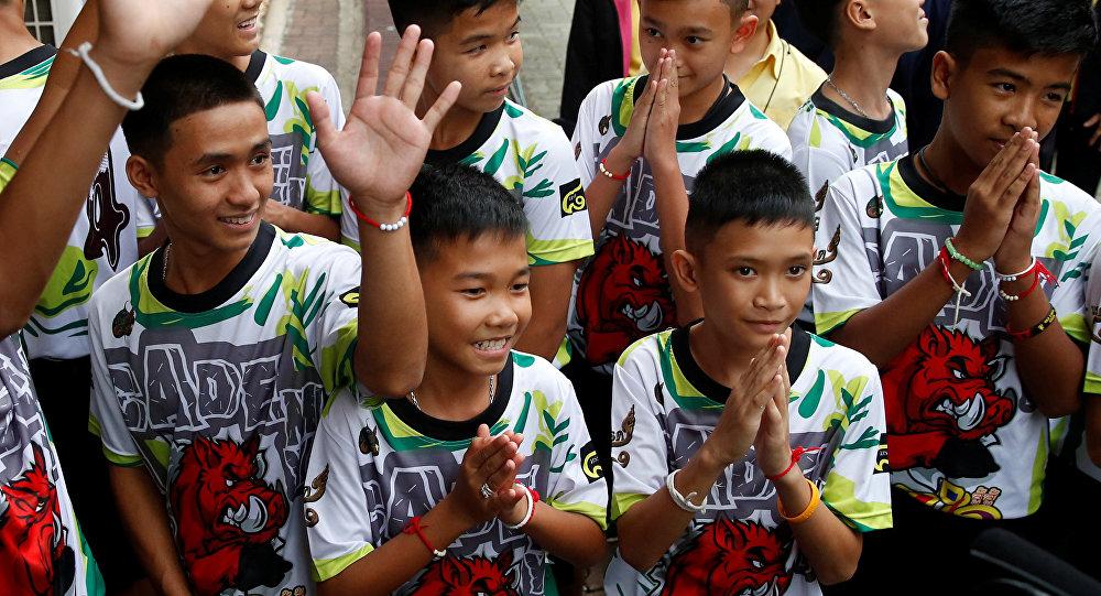Enfants rescapés en Thaïlande