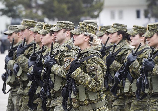 «Il ne s'agit même pas de paix ici»: les USA arment le Kosovo