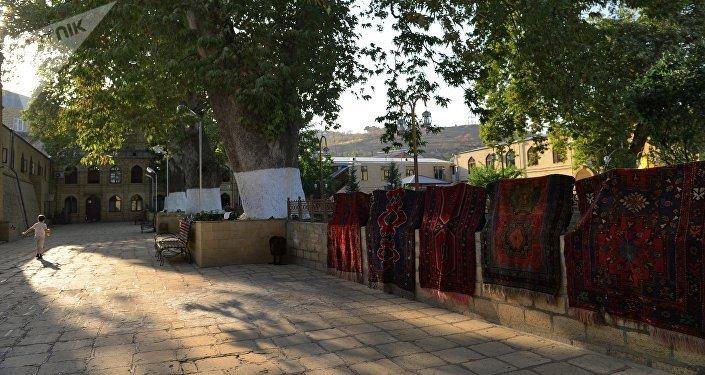 La vielle ville de Derbent vielle de 2000 ans abrite des trésors d'art populaire