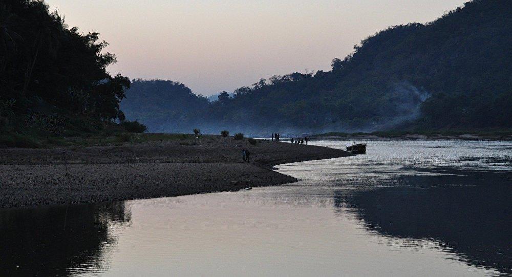 Laos : des centaines de disparus après l'effondrement d'un barrage hydroélectrique