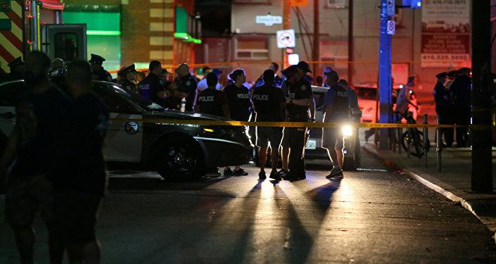 Sur les lieux de la fusillade de Toronto