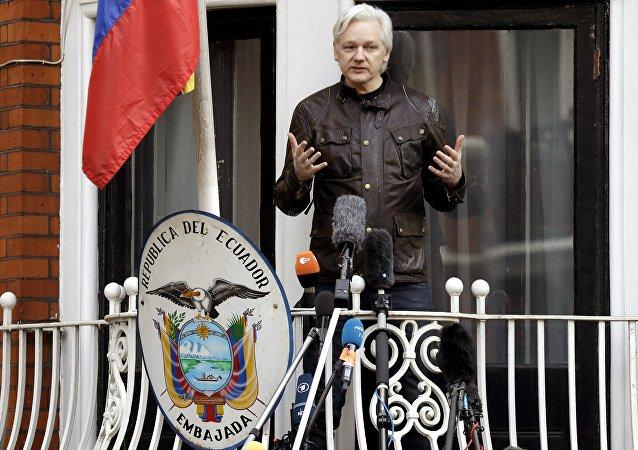 Julian Assange, reclus dans l'ambassade d'Équateur à Londres depuis six ans