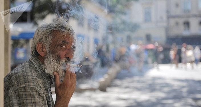 Un homme âgé à Montpellier