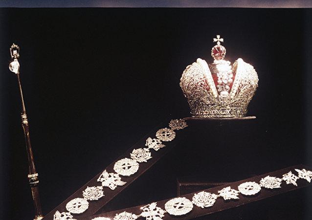 Les regalia fabriqués pour la coronation de Catherine II