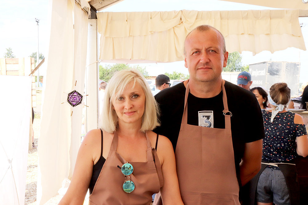 Larissa et Iouri Fomine, fromagerie Po-Rijski fermer