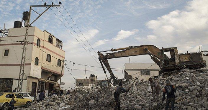 Un immeuble détruit dans la bande de Gaza