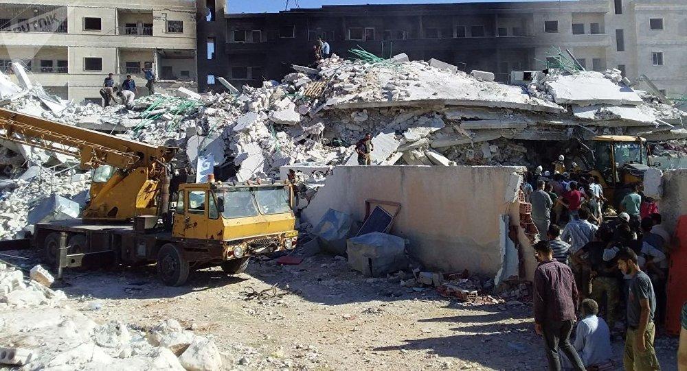 Une explosion à Idlib, en Syrie: des dizaines de victimes (photos)