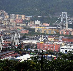 Effondrement du pont à Gênes