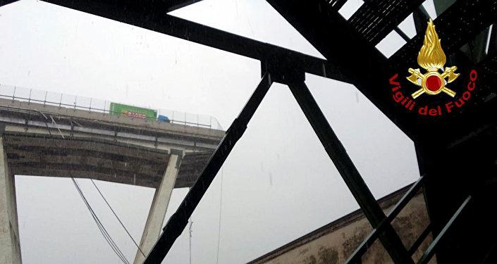 Effondrement d'un viaduc à Gênes