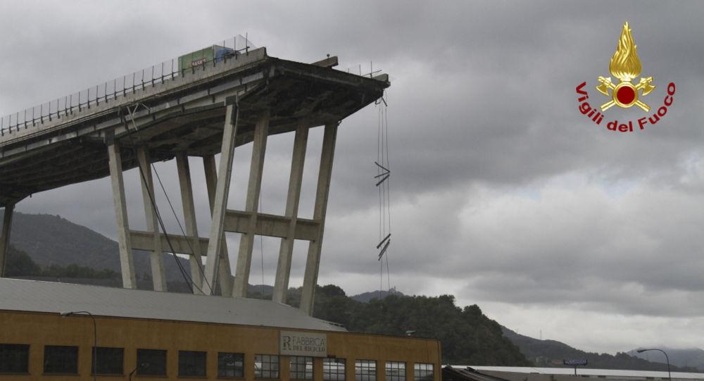 Les images de l'effondrement du viaduc à Gênes