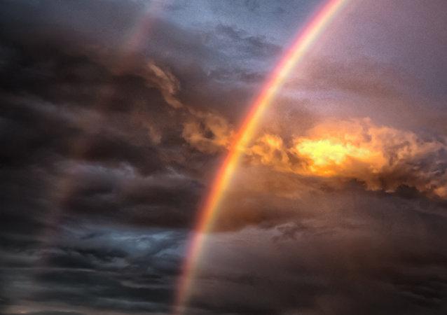 Un arc-en-ciel