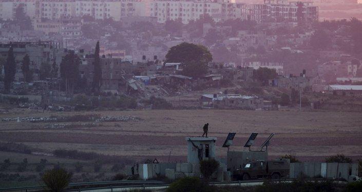 la frontière entre la bande de Gaza et l'État hébreu