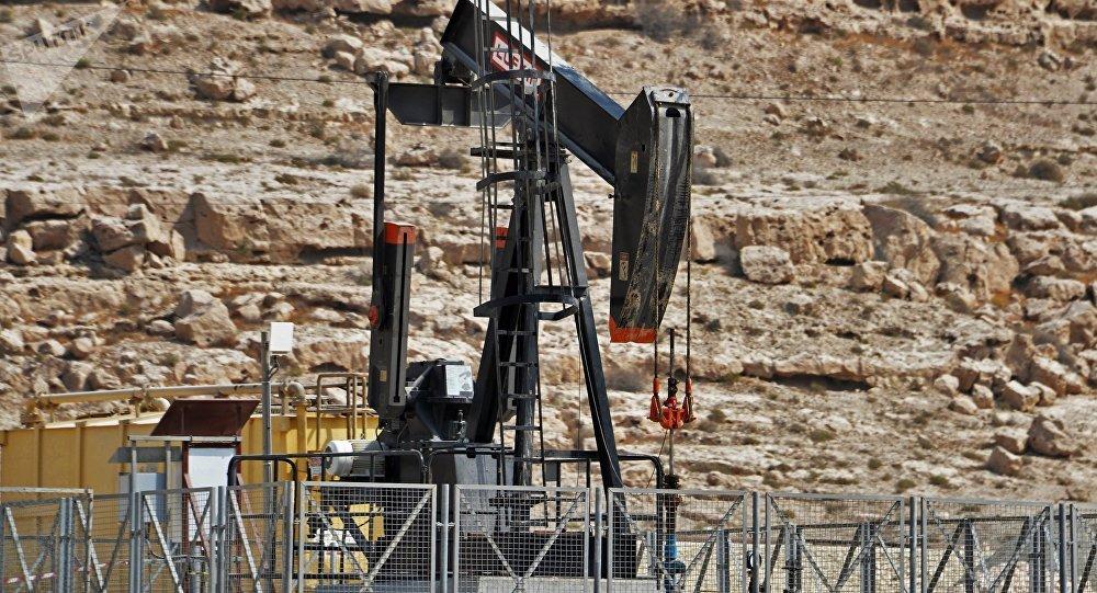 Une chute considérable des prix du pétrole, affectera-t-elle l'économie russe?