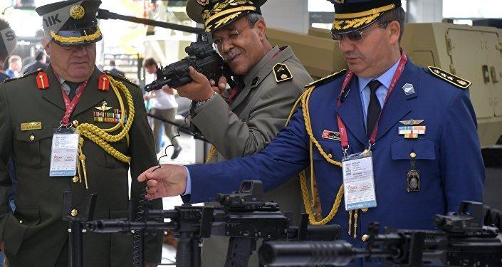 Des militaires étrangers au forum Armée 2018. Image d'illustration