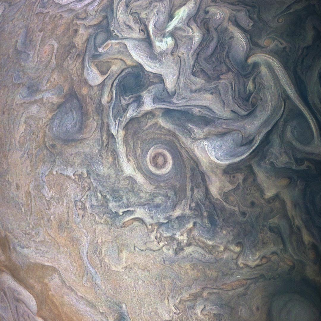 Le nuage tourbillonnant de Jupiter