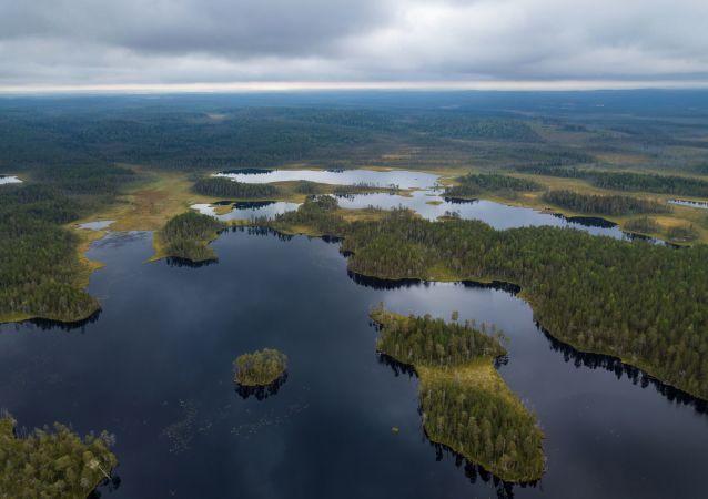 La région aux mille lacs: la Carélie magique