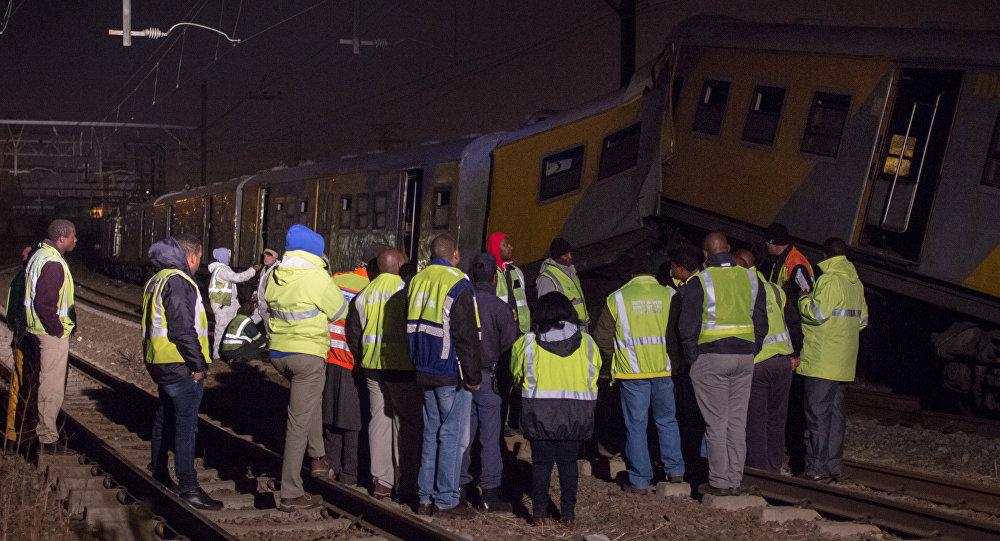 Deux trains entrent en collision en Afrique du Sud