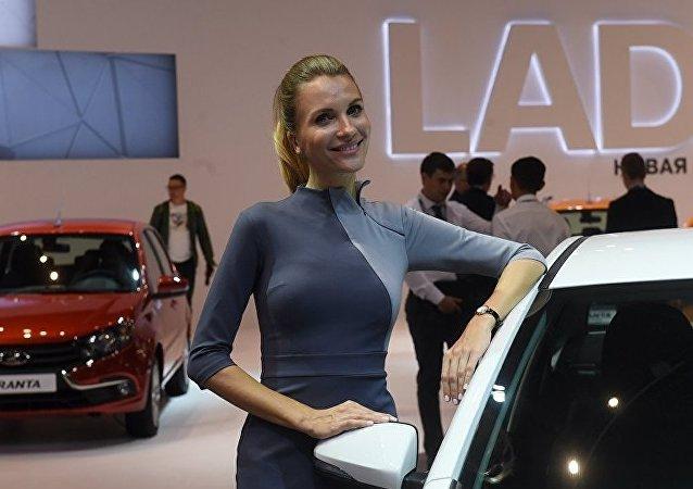 Модель на стенде АвтоВАЗа на Московском международном автомобильном салоне 2018.