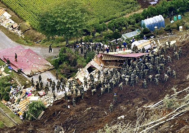 Les conséquences d'un fort séisme sur l'île japonaise d'Hokkaido