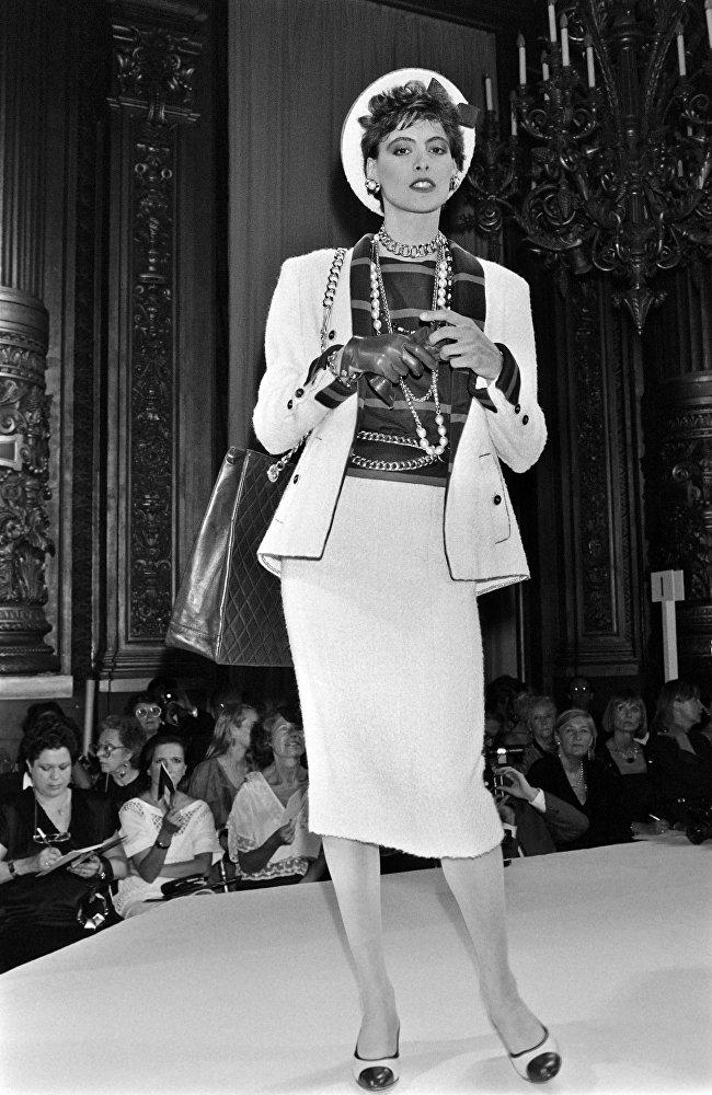Karl Lagerfeld et ses muses