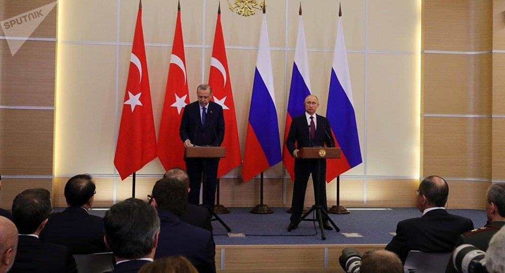 Poutine et Erdogan parviennent à une «décision sérieuse» sur Idlib