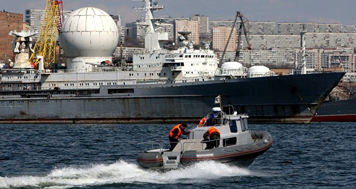 Le navire russe Maréchal Krylov à Vladivostok
