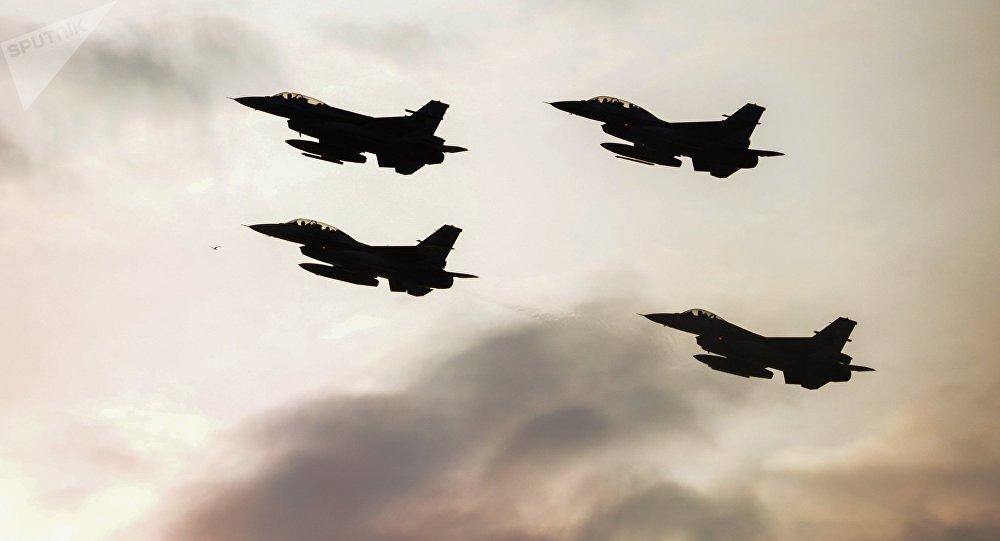 F-16. Photo d'archive