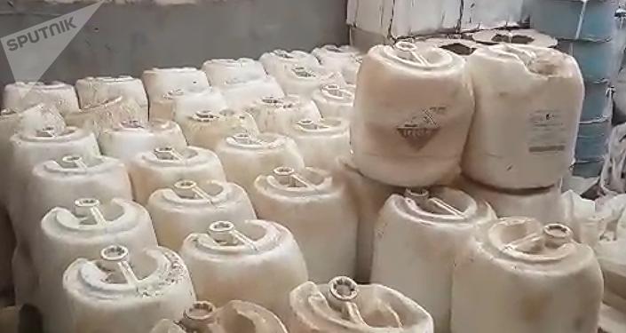 Des combattants des milices populaires de la province d'al-Anbar ont découvert deux entrepôts avec des armes chimiques, précédemment sous le contrôle de Daech
