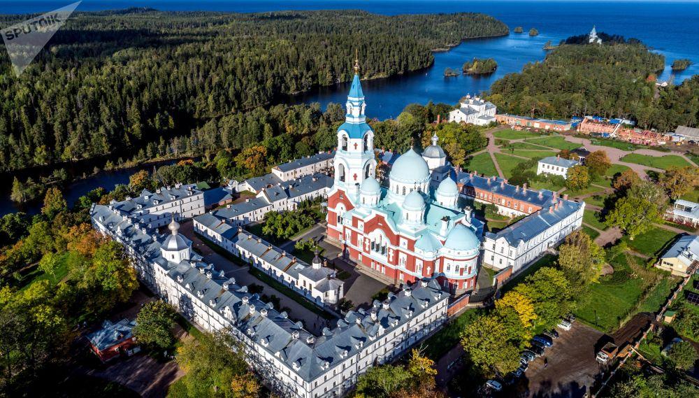 L'automne sur l'île de Valaam