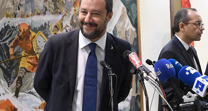 Marine Le Pen a rencontré Matteo Salvini — Rome