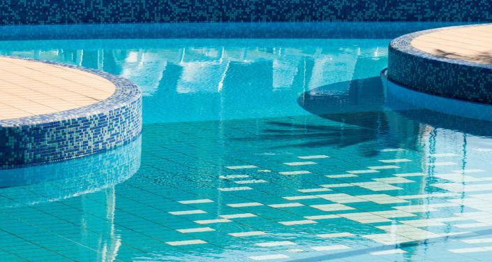 Un piscine. Image d'illustration