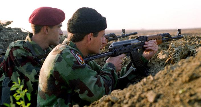 Soldats serbes. Photo d'archive