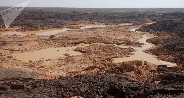 Stocks d'eau douce dans le désert de Soueïda