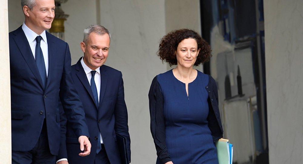 Bruno Le Maire (L), Francois de Rugy (C) et Emmanuelle Wargon