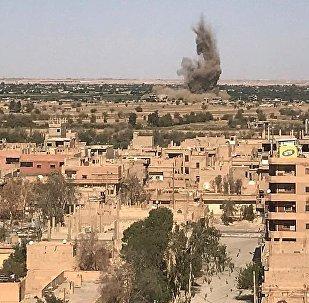L'explosion d'une voiture piégée aurait tué 20 personnes près de Deir ez-Zor