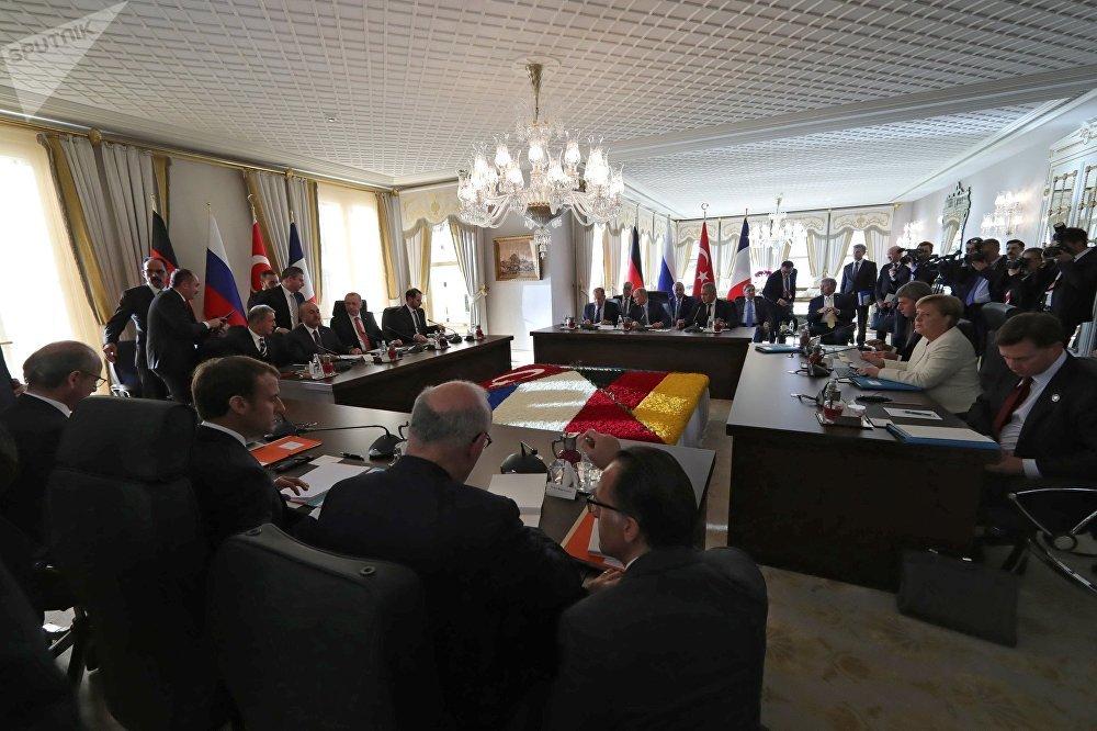 Sommet quadripartite à Istanbul entre la France, la Russie, la Turquie et l'Allemagne sur la Syrie le 27 octobre 2018
